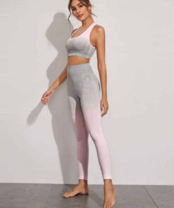 sportlicher-buestenhalter-und-leggings-ombre