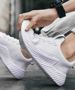 weisse-sneakers-fuer-maenner-2020