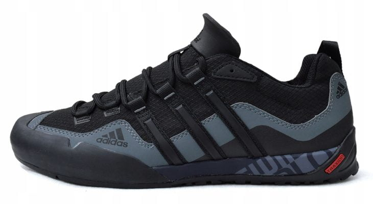 Adidas-Terrex-Swift-Solo-D67031-Schuhe-Maenner
